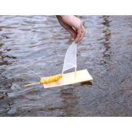 Vyrobte si vlastní motorovou loďku